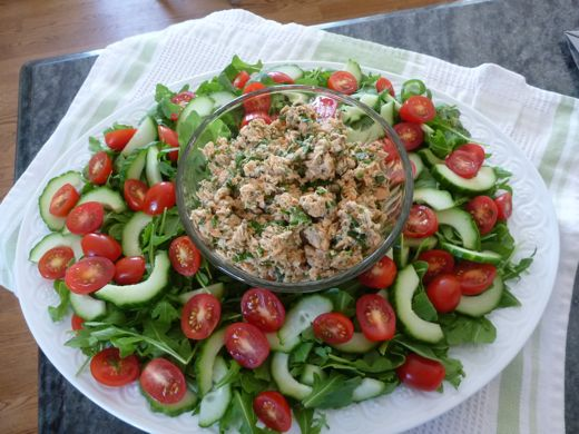 Salmon salad the cheap easy way to eat more fish for Canned fish recipes