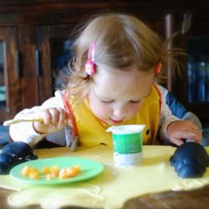 Tips for Feeding Babies Yogurt