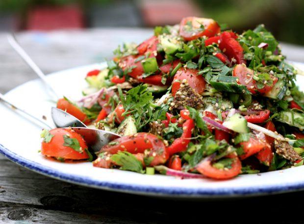 fattoush salad with za'atat