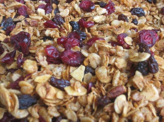 healthy recipe: maple pecan granola breakfast