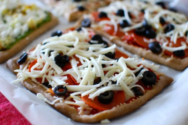healthy pepperoni pizza
