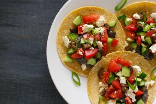 hummus tacos